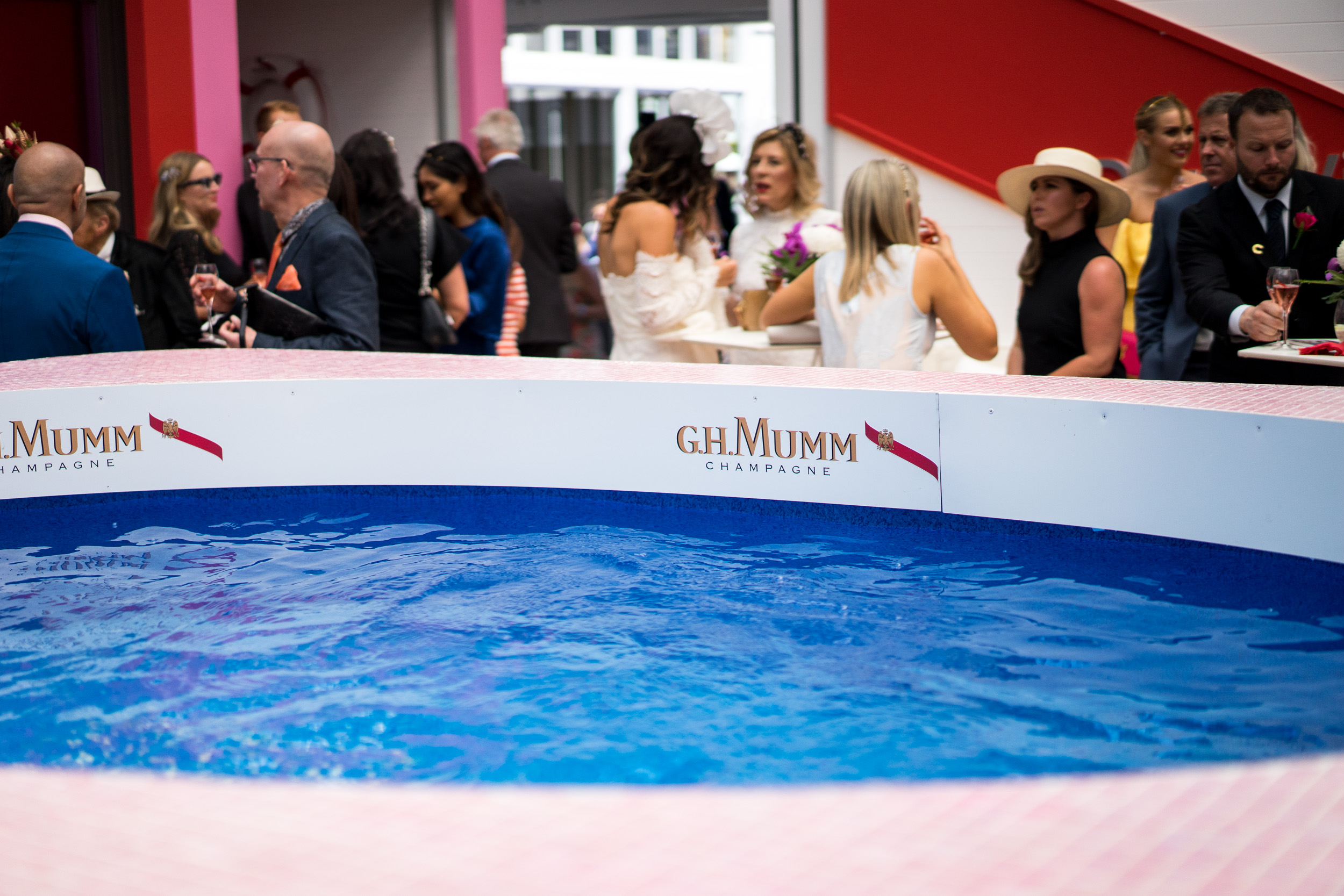 ghmumm-roddgunn-melbourne-spring-carnival5